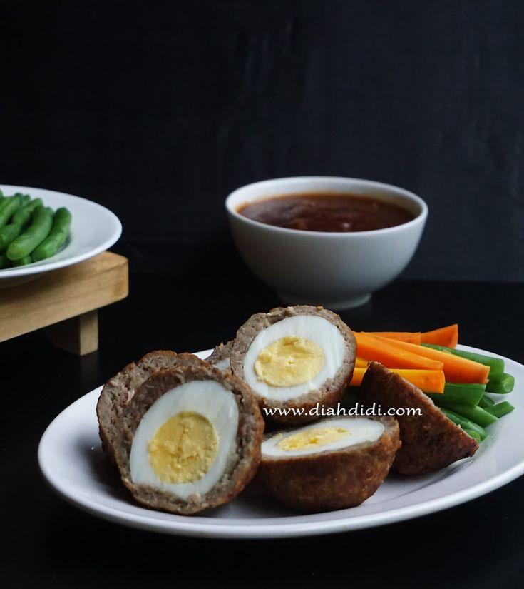 Egg stuffed meatballs