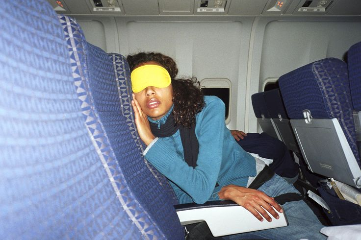 10 Ways to Hack Your Plane Seat for Maximum Comfort