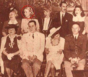 La actriz y presentadora Mirtha Legrand en una foto con el General y Presidente argentino Juan Domingo Perón