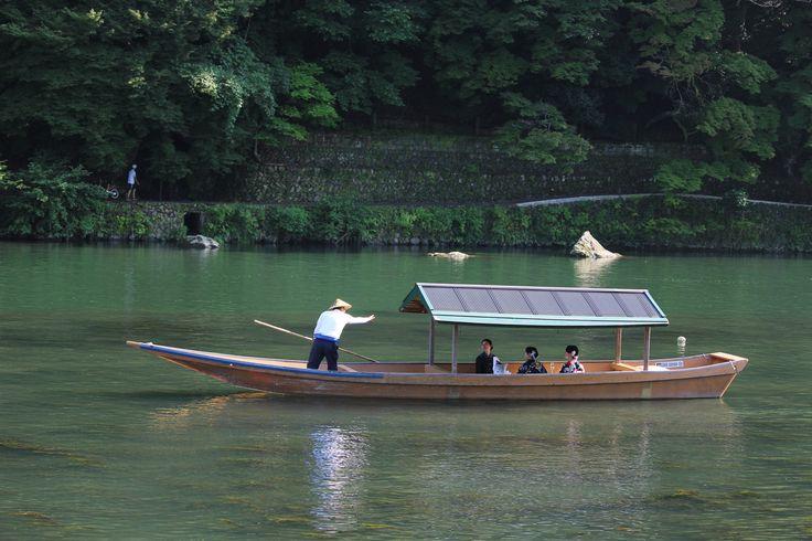 Japanese Happyhour! - This is how Japanese enjoy the amazing Hozu river sunset!