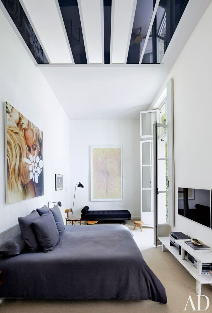A masculine, modern bedroom in black-and-white by Patrick and Laurence Seguin | architecturaldigest.com Photo by Simon Watson: Paris Apartment, Bedrooms Design, Interiors Design, Master Bedrooms, Bedrooms Art, Gardens Design, Bedrooms Ideas, Modern Bedrooms, Fillings Apartment