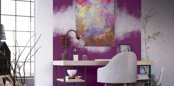 W tym pokoju dominuje paleta intrygujących kolorów, która przypadnie do gustu przede wszystkim marzycielom. Delikatne odcienie pozwolą Ci delektować się pięknem otoczenia oraz przeobrażą natchnienie w wysublimowane dzieło. Odkryj sekret fioletów i rozkoszuj się ich subtelną elegancją.