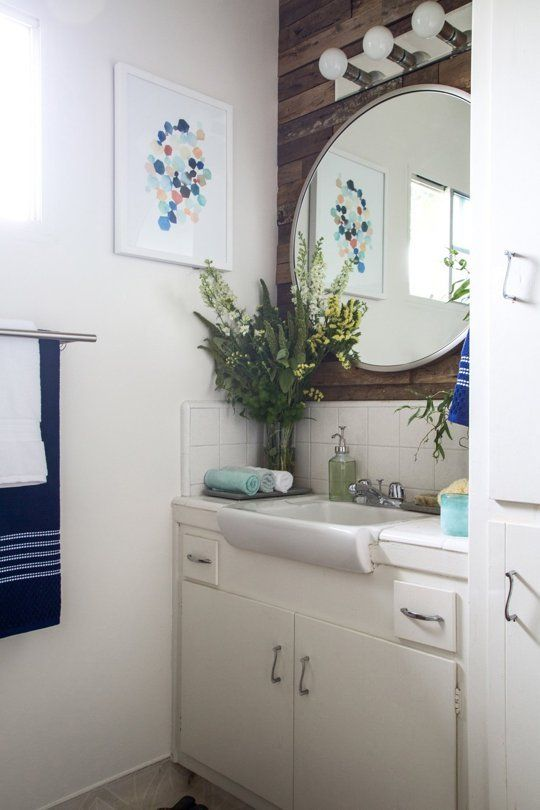 smart style combinations to make a small bathroom suck less - Small Bathroom Ideas Apartment Therapy