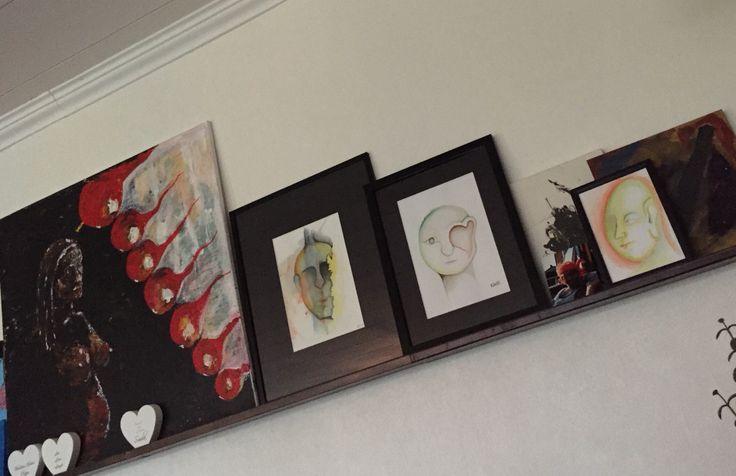 Tavelhylla här hemma.  #tavlor #painting #Lis1