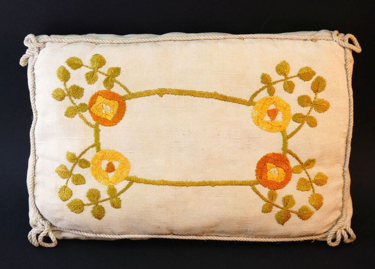 c1910, ANTIQUE ARTS AND CRAFTS GLASGOW SCHOOL SILK ON LINEN EMBROIDERY CUSHION