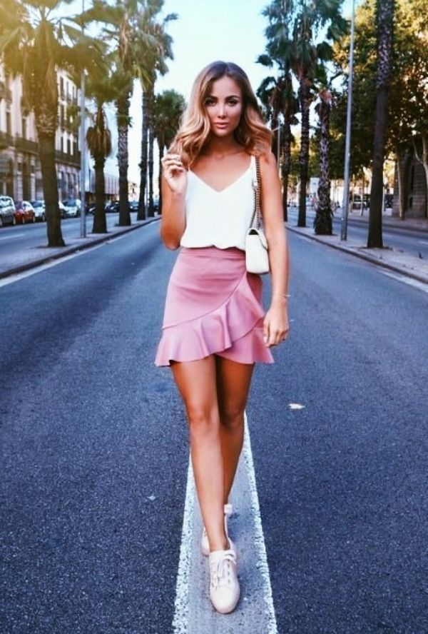 Trendy Sommer Outfits Ideen für jugendlich Mädchen zum Ausprobieren