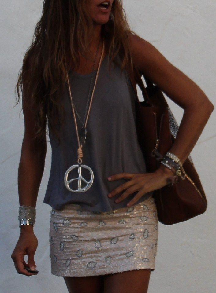 so me....don't know if I could pull off the sequin skirt though...stylelovely.com