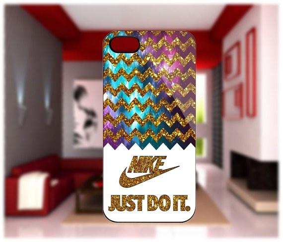 Nike Chevron Gold iPhone 4/4S Case iPhone 5 Case Samsung Galaxy S2 Case Samsung…