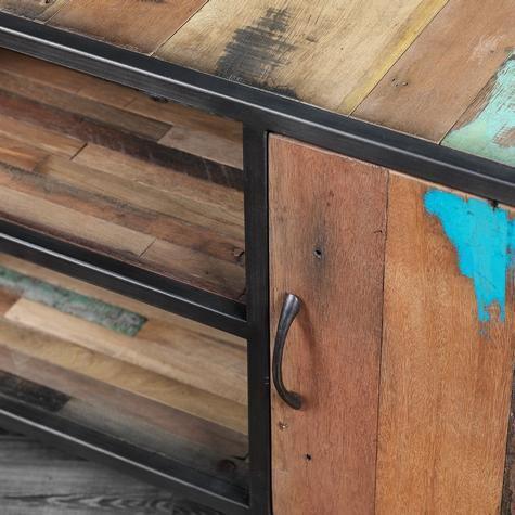 Modern TV unit made of salvaged wood | Artemano