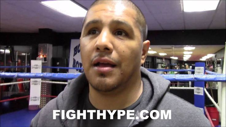 FERNANDO VARGAS SAYS CANELO MADE HIMSELF LOOK BAD AFTER CALLING OUT GOLOVKIN ONLY TO GIVE UP TITLE - http://www.truesportsfan.com/fernando-vargas-says-canelo-made-himself-look-bad-after-calling-out-golovkin-only-to-give-up-title/