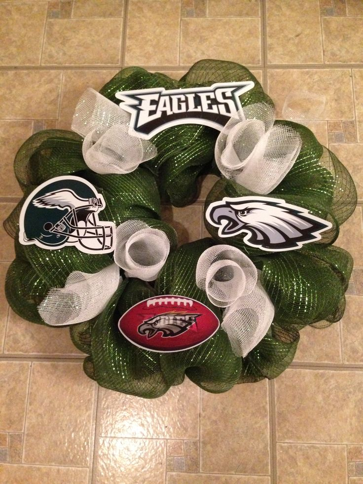Philadelphia Eagles deco mesh wreath