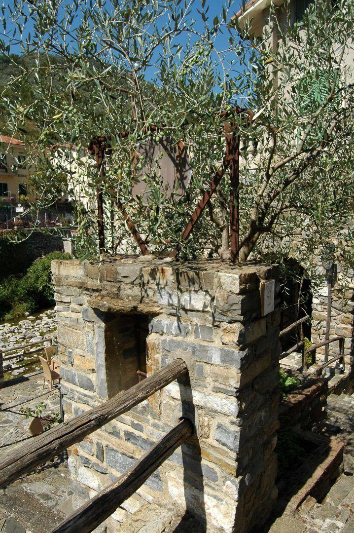 Isolabona (IM) - un vecchio mulino