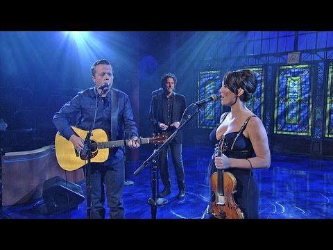"Jason Isbell & Amanda Shires: ""Mutineer"" - David Letterman - YouTube"