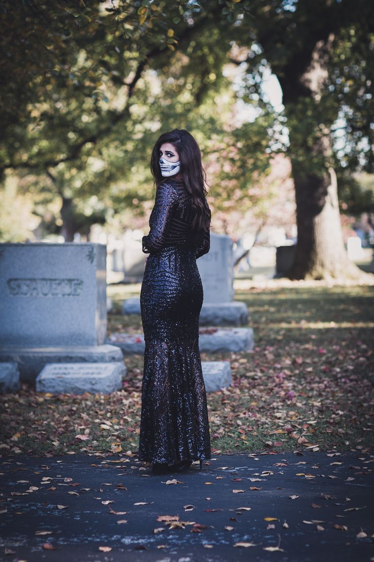 skeleton makeup, skeleton costume DIY,  halloween makeup ideas, black sequins gown // grace wainwright from a southern drawl