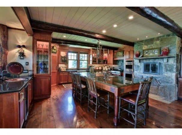 http://www.fourseasonssir.com/homes/4360308_NNEREN-200_County_Road-Stratton-Vermont-05155#.VTqBYSFViko