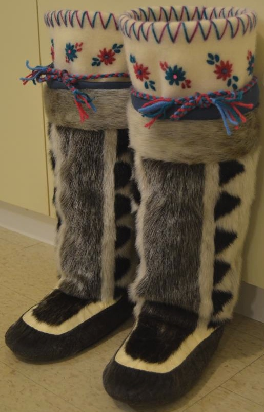 Inuit Made Women S Sealskin Kamiks By Sheila Nowdlak