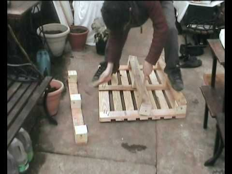 How To Easily Dismantle A Wooden Pallet With a Hammer and a Plank • 1001 Pallets