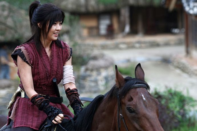 "Ha Ji Won's First ""Empress Ki"" Stills 