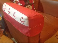 Crafty Whispers: Tutorial: Tea towel chair arm covers
