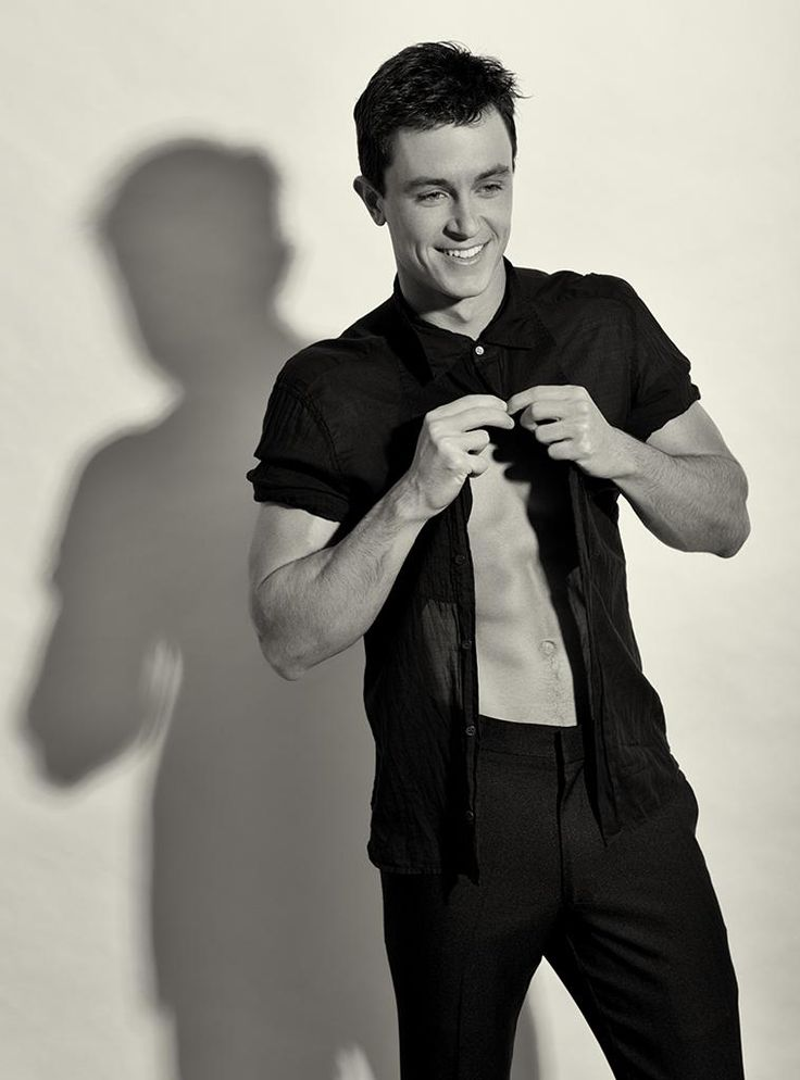 Ryan Kelley | Ryan Kelley Online
