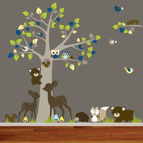 Pépinière vinyle autocollant forêt arbre ensemble. Excellent ajout aux pépinières, salle de jeux ou chambre denfant. Comprend des arbres avec hiboux de 8 oiseaux 2 feuilles 3 écureuils fox 2 cerfs herbe 2 porte 3 tatou champignons Installation Instructions tailles arbre h 78 x 60 l branche 27 l x 17 h toutes les vignettes peuvent être personnalisé de taille plus grande ou plus petite. Contactez-nous pour les prix.  COULEURS personnalisées, vous pouvez choisir une des couleurs de la couleur…