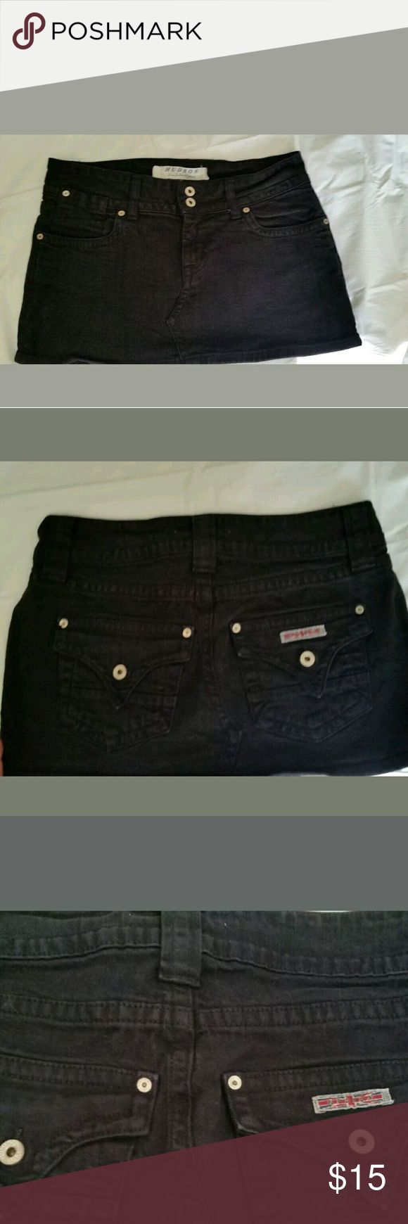 Hudson Black Jean Mini Skirt This skirt is in very good condition. Minimal fading, no holes or stains that I can see. Please look at the photos as they are part of the description.   I think this is a size 25. Please look at photos for a picture of the tag, and for measurements. Hudson Jeans Skirts Mini
