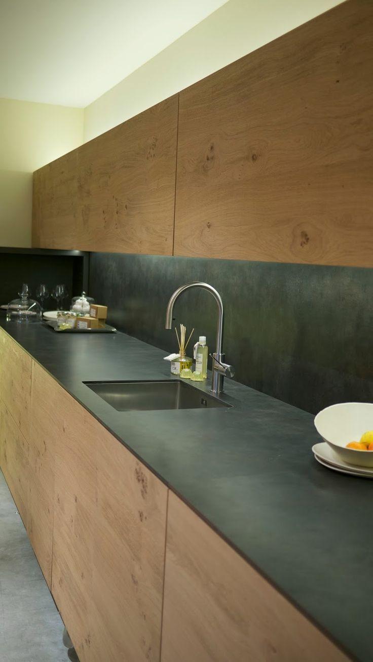 14 Incredible Minimalist Kitchen Decor Ideas 14 Incredible Minimalist Kitchen Decor Ideas Decor Ide In 2020 Kuchenfliesen Kuchendesign Innenarchitektur Kuche