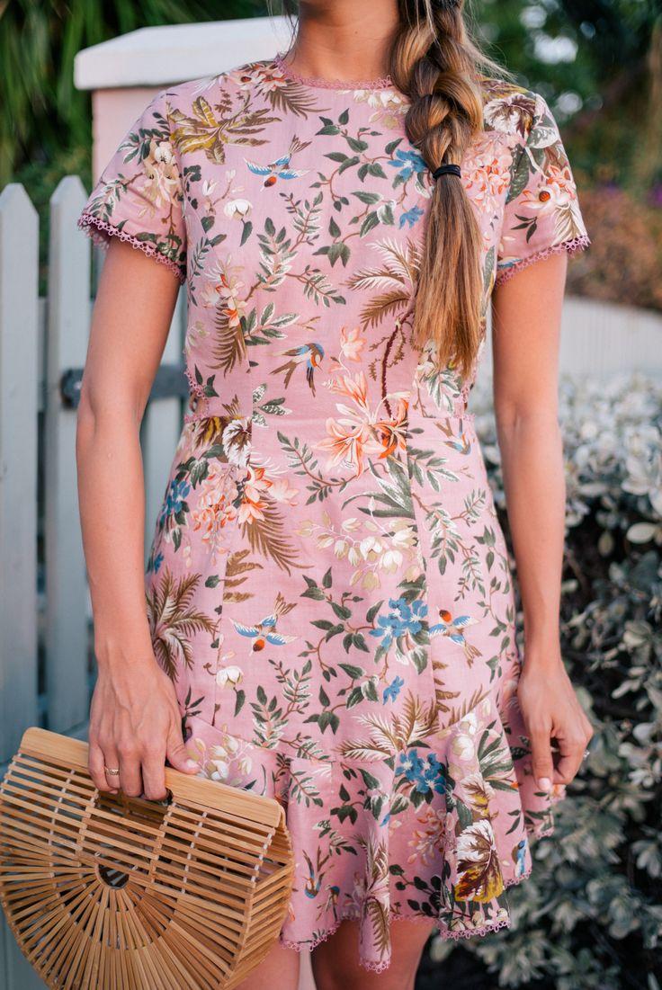 Gal Meets Glam Bahama House, Harbour Island - Zimmermann Dress & Cult Gaia Bag