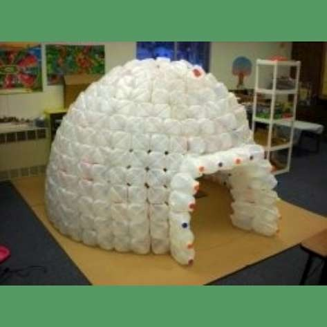 Recycled ~~ milk jug Igloos are cool.