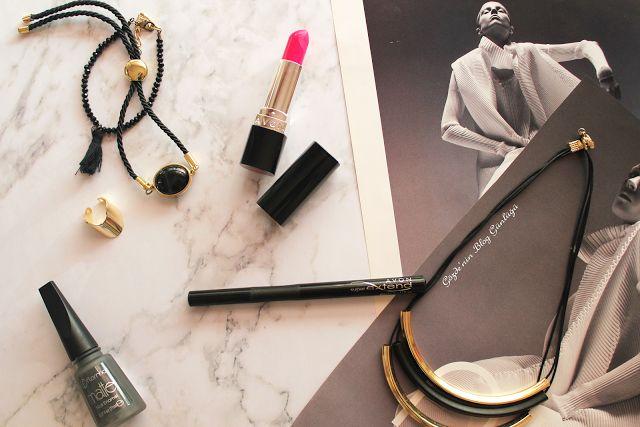 Gözde'nin Blog Günlüğü: Avon Super Extend Siyah Eyeliner #avon#avoneyeliner #eyeliner #makeup