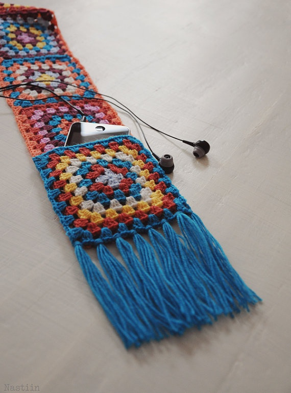 Crochet pocketed scarf / granny square scarf with by Nastiin