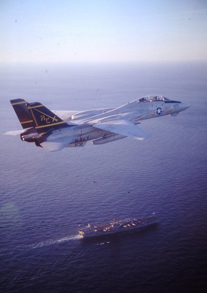Grumman F-14A Tomcat of VF-32