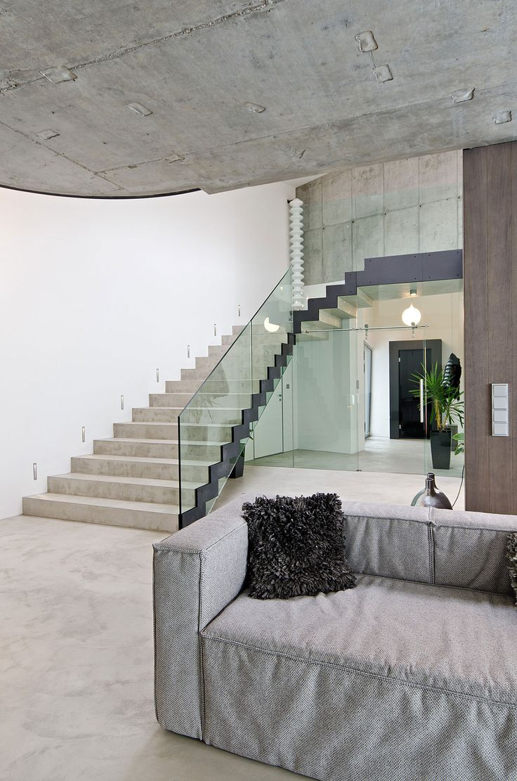 https://i.pinimg.com/736x/9a/02/2f/9a022f3d65691811e175a65beeb4cd22--czech-republic-concrete-interiors.jpg