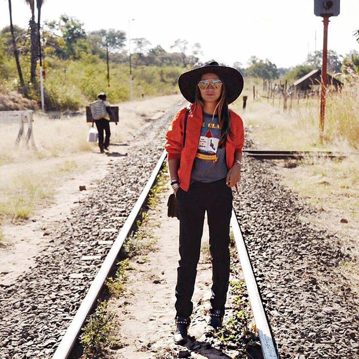 """Off the rails //#AfricanExpress #VictoriaFalls #Zimbabwe : @reginagutierrez98"""