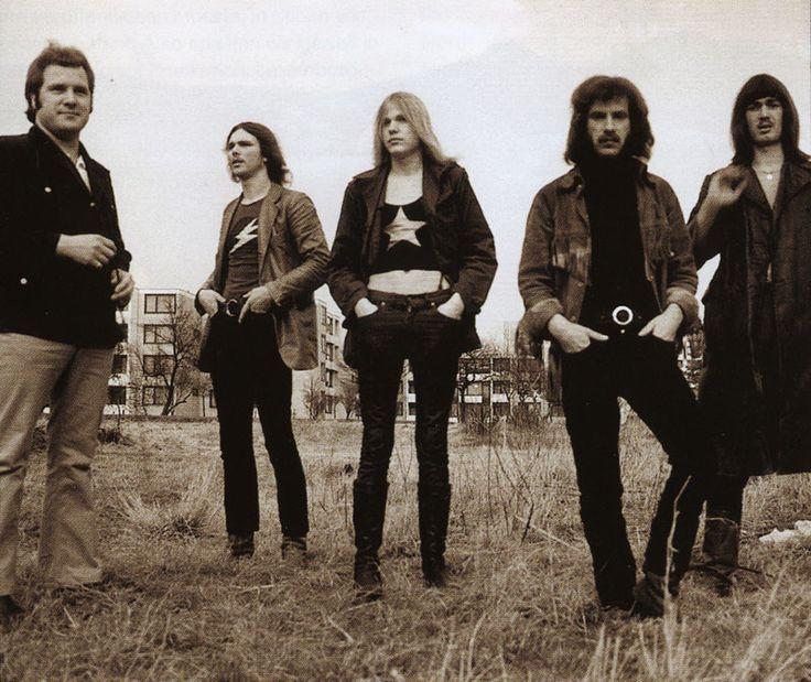 Scorpions* 1972: Lothar Heimberg, Rudolf Schenker, Michael Schenker, Klaus Meine, Wolfgang Dziony
