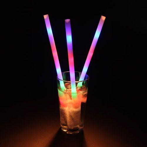 groovy-lite-up-straws-cate.jpg?w=300&h=300 (500×500)