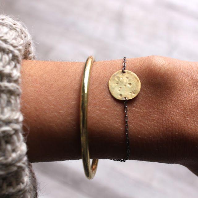 Annika Kaplan / full moon bracelet