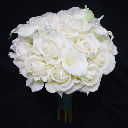 Creamy Dream Wedding Bouquet Made With Roses And Calla Lilies Lots Of Bling Accents All Natural Touch Silk Flowers