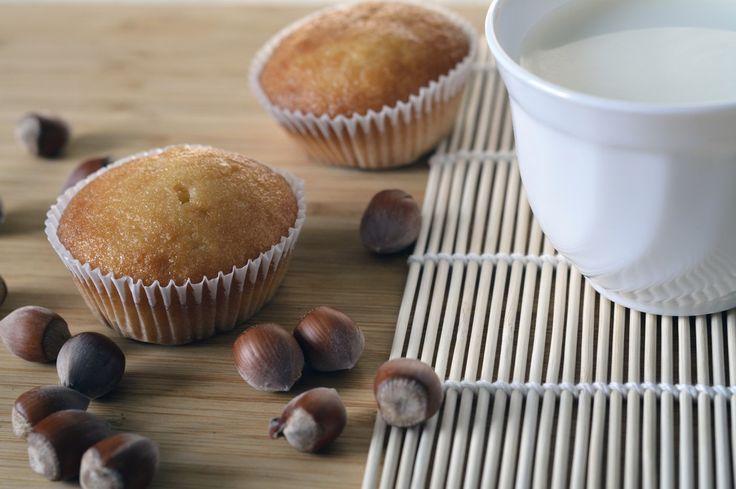 Degli ottimi cupcakes con latte di nocciola per ristabilire la solita routine di casa. Quando sono in trasferta mi mancano le coccole il caffe a letto o la colazione in pieno relax della domenica mattina.. #briciole #intolleranze #glutenfree #celiachia #senzaglutine #allergie #intolleranzealimentari #daprovare #novità #bio #mangiaresano #iolovoglio #organic #vitalmentebio #vivinaturale #biologico #foodporn #food #glutenfree #senzaglutine