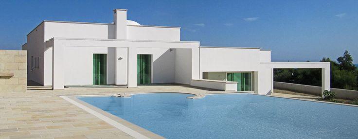 #solarium realizzato con #ardesia #mint a spacco #swimming #pool #villa #real #stone #flooring #design info@jaipurpietre.com
