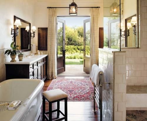 Nice bath--doors to gardens, towel warmer