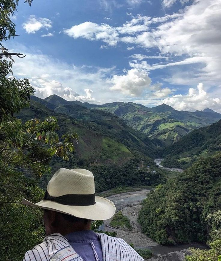 IEEX Emeralds - 'A river runs through it' a truly breathtaking view of the 'Rio Minero' snaking through the Muzo mining region of Colombia, snapped by one the team on route view some emerald mines.