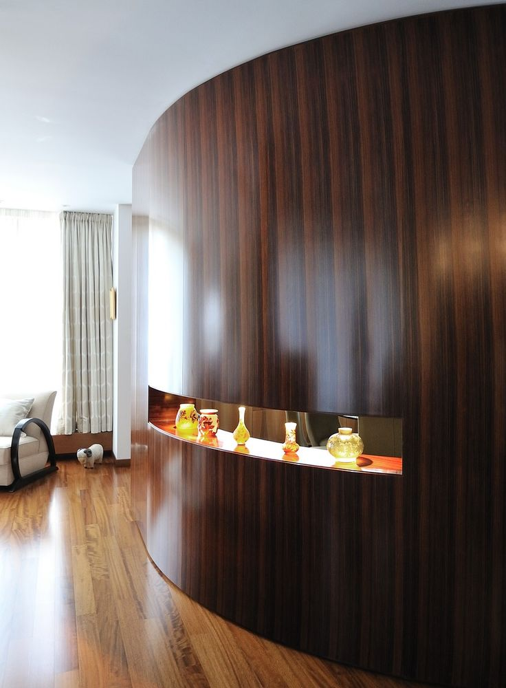 Proiecte Design - La Maison -  perfect curved wall in palisander wood