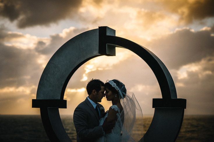 Cottesloe Civic Centre Wedding / Clare and Josh