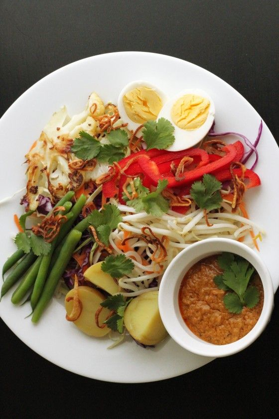 Gado Gado Indonesian Salad. The sauce is amazing! #indonesianfood