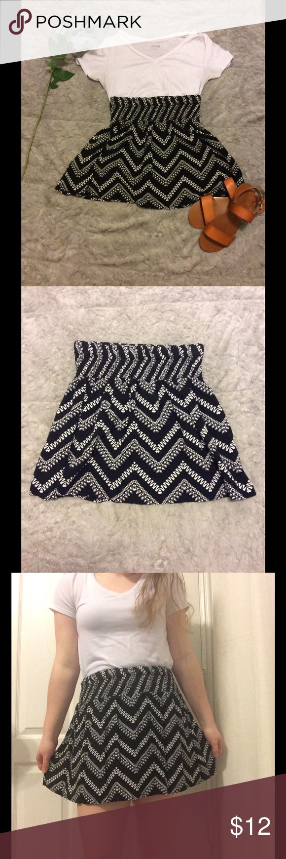 Women's black and white chevron skirt Women's black and white chevron skirt. Elastic waistband. Short and flowy. In great, gently used condition. Only worn a few times. Skirts