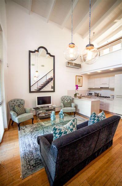The Ivy Apartments   Romantic Weekend Getaway