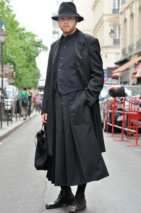PARIS FASHION WEEK: YOHJI YAMAMOTO - MONSIEUR JEROME