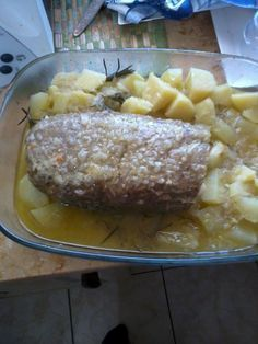Polpettone al varoma Bimby, eccola ricetta! Ingredienti: Per il polpettone: 400 gr di macinato di manzo, 1 uovo, 30 gr di pane raffermo tagliato a pezzi grossolani, 60 gr di parmigiano a pezzetti