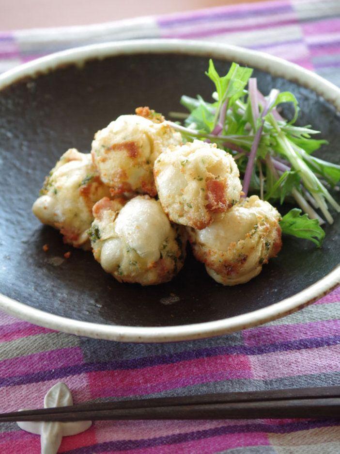大和芋をすりおろす代わりにフォークで粗くつぶして使うと、ガリガリとしたまた違った食感に。|『ELLE a table』はおしゃれで簡単なレシピが満載!